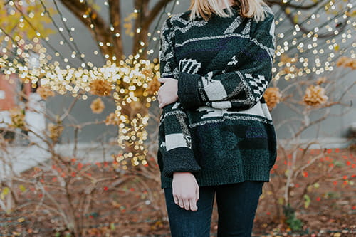 14 cute and cozy sweaters youll want to wear all fall