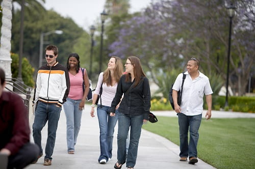 5 questions to ask on a college tour