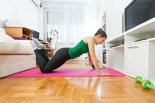 5-workout-moves-you-can-do-in-your-dorm-thumbnail500x333.jpg