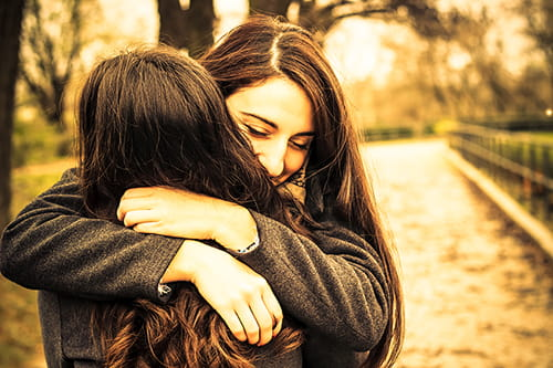 6 things that happen when your siblings are your best friends