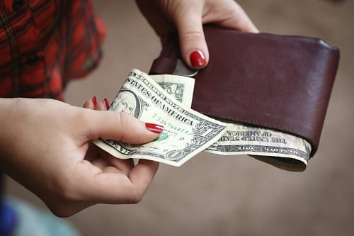 6-ways-broke-college-students-can-earn-extra-money-thumbnail500x333.jpg