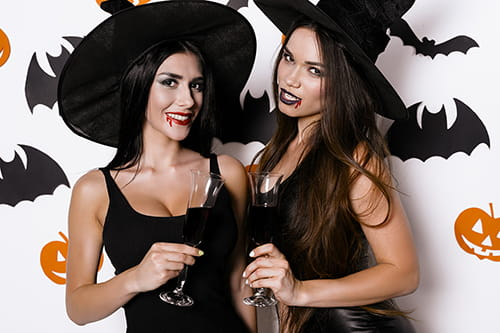 7 halloween costumes you see at every college party