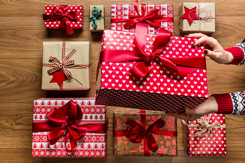 inexpensive and creative diy holiday gifts